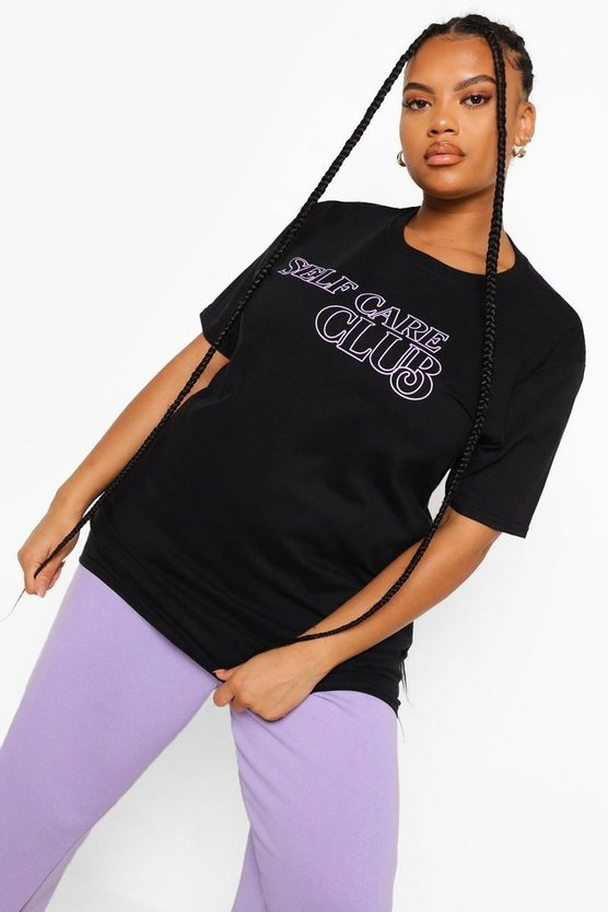 "Womens Plus T-Shirt Mit ""Self Care Club""-Slogan - Schwarz - 50"