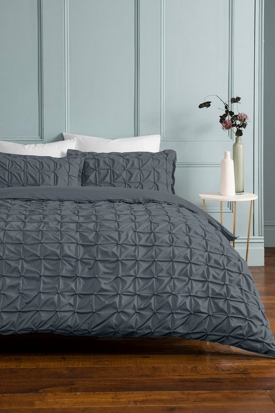 Womens Grey Rouched Pleat Double Duvet Set - One Size