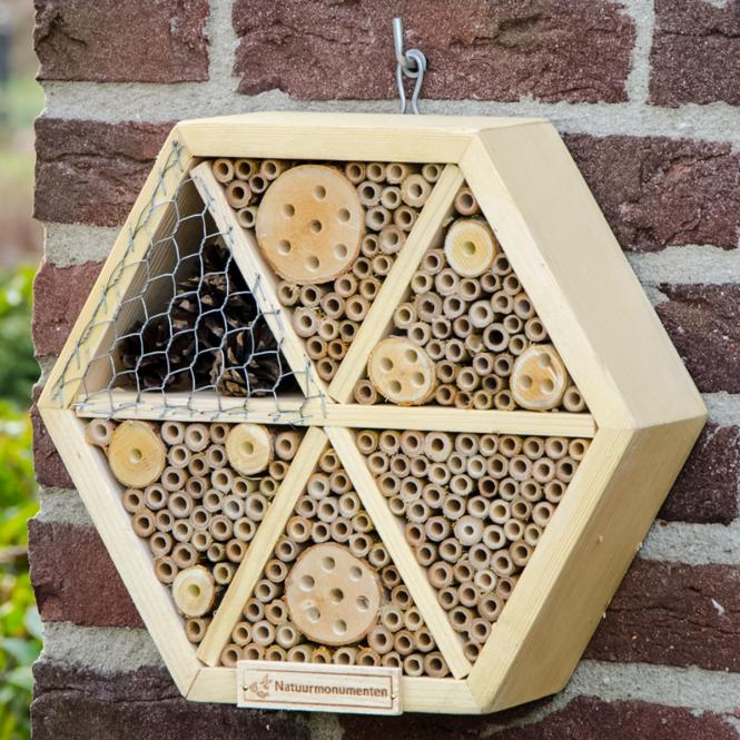 Insektenhotel Hexagon